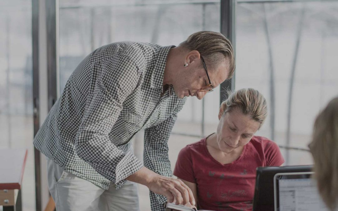 Communications or Teamwork Issues Can Hurt Perfromance